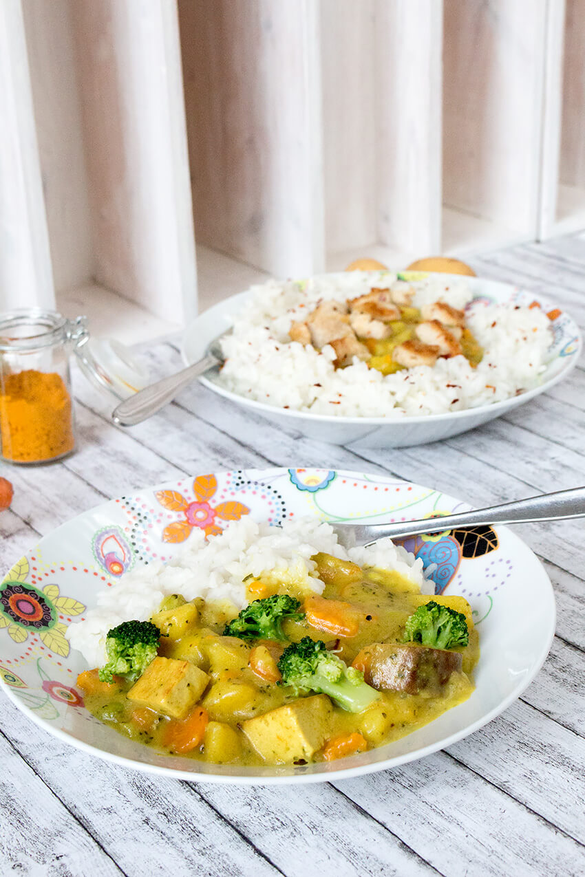 Kombi-Rezept mit & ohne Fleisch: Gemüsecurry vegan mit Tofu oder mit Hühnchenfilet